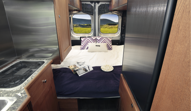 Star RV US Saturn Interieur