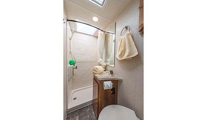 Road Bear C21-23ft shower