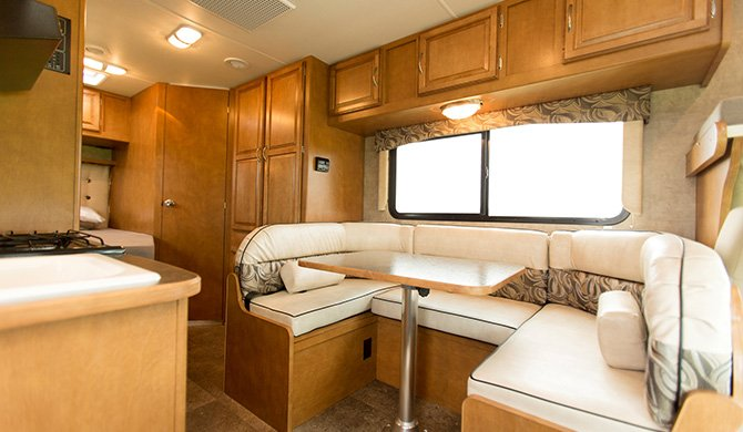 Star RV Taurus Interior