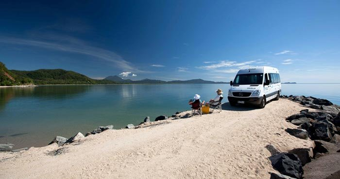 caravaning, rocky point, qld