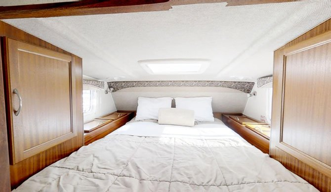 Het bed in de CanaDream TCA camper