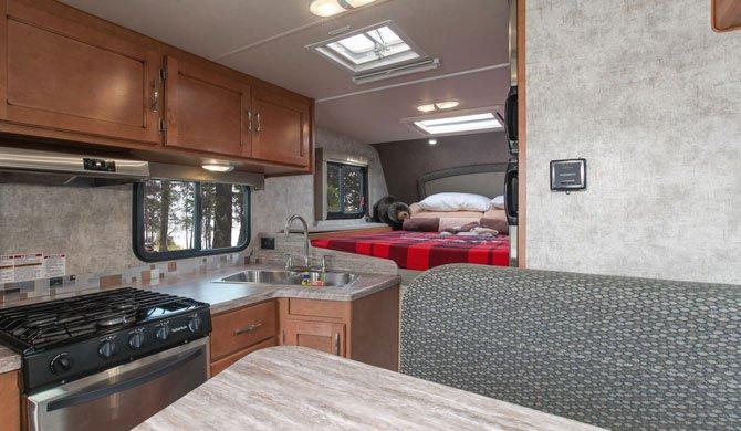 Truck Camper Fraserway interior