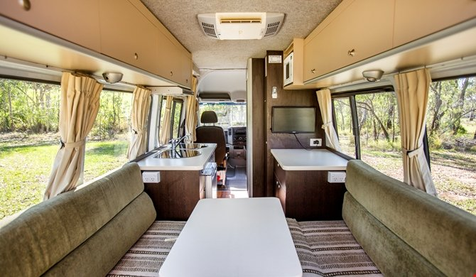 Cheapa Campa 2Berth interior