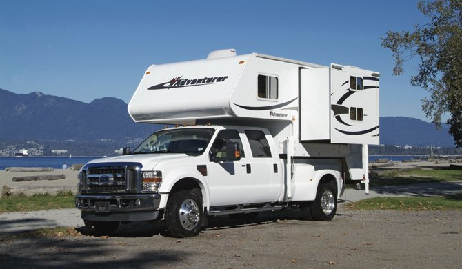 Truck Camper Fraserway Slide out exterior