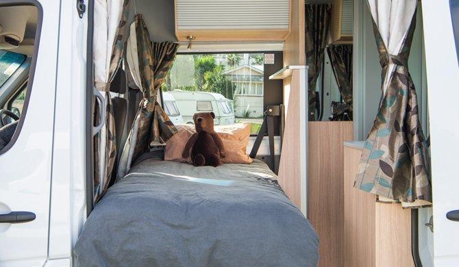 Maui NZ Ultima Plus interior