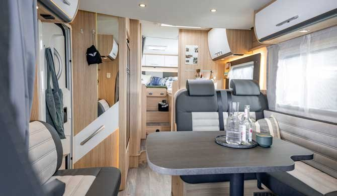 De McRent Family Luxury camper