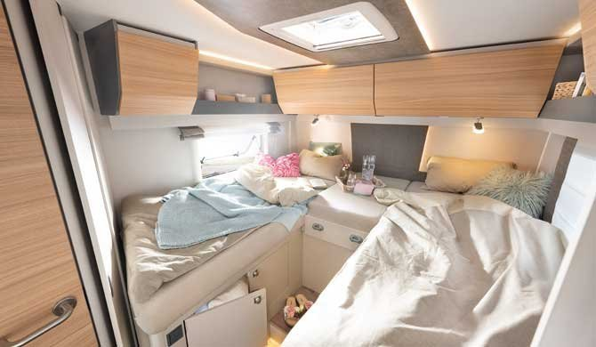 McRent Comfort Standard camper