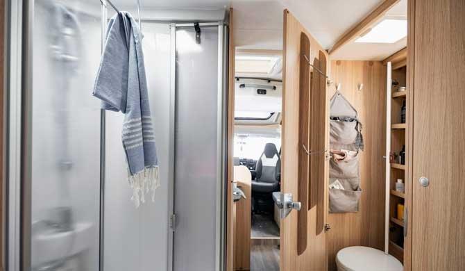 McRent Comfort Luxury camper