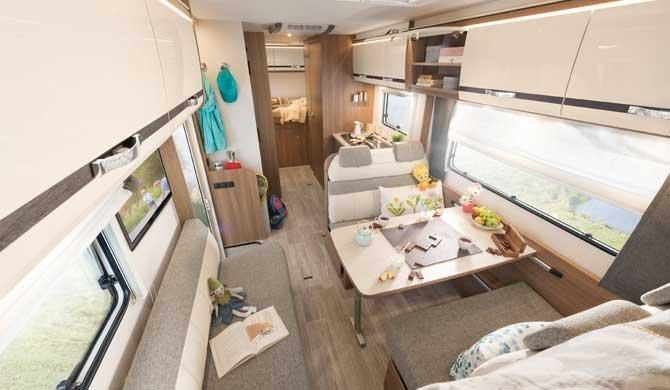 De ruime McRent Premium Plus camper