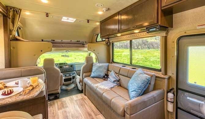 Road Bear C28-30 camper
