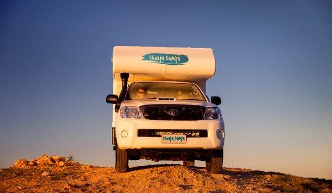 Op camperreis door Australië in de stoere Cheapa Campa 4Wheel Drive camper