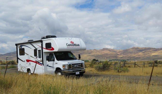 Op camperreis door Canada in de CanaDream MHB camper