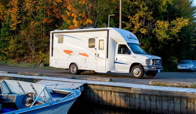 Ga op camperreis door Canada in de luxe CanaDream SVC camper