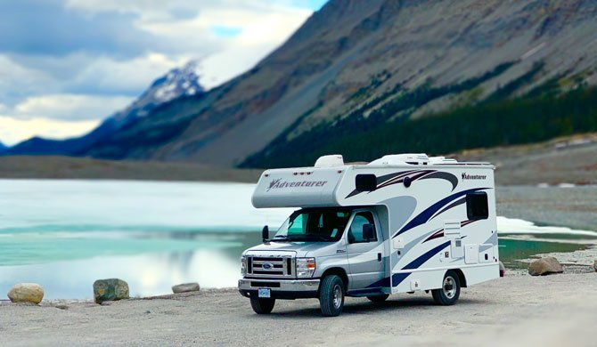 Ga op camperreis door Canada in de Fraserway C-Small camper
