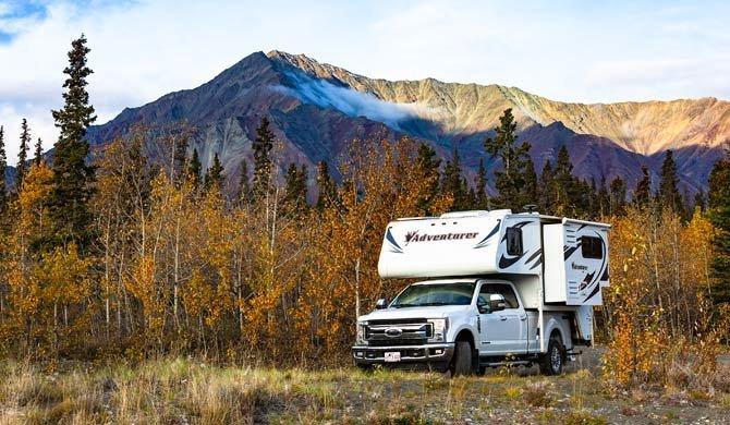 Ga op camperreis door Canada in de Fraserway Truck Camper