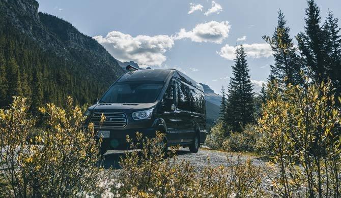 Ga op camperreis door Canada in de Fraserway Van Conversion Camper