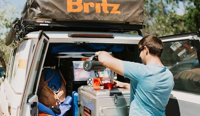 Het interieur van de Britz Safari Landcruiser