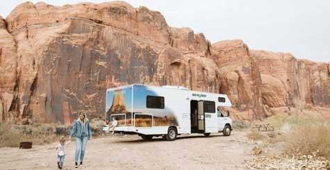 Cruise America C30 camper