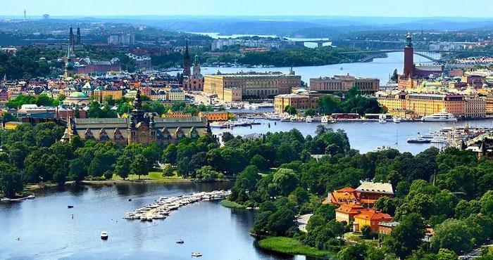 Bezoek het moderne Stockholm tijdens een camperreis door Zweden met Victoria CamperHolidays