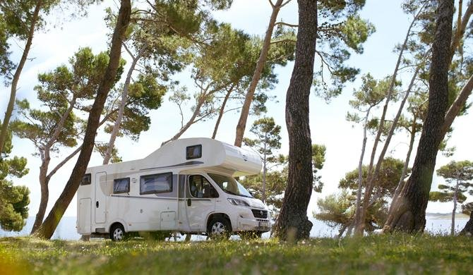 Ga op camperreis door Europa in de Rent Easy Family Extra camper
