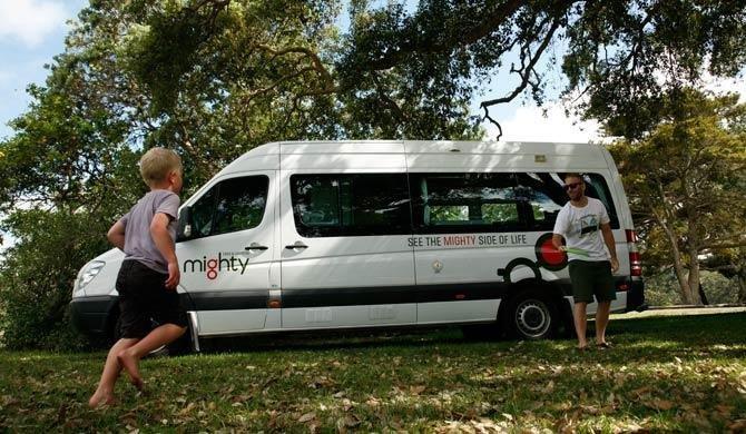Ga op camperreis door Australië in de Mighty Deuce camper