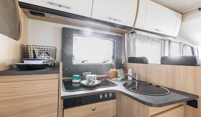 McRent IJsland EcoLine 2 Camper